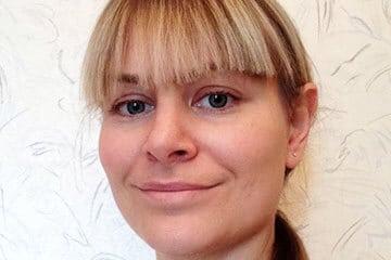 Sanara Brooks teilt ihre Erfahrungen zu Zyklusunregelmäßigkeiten und NFP.