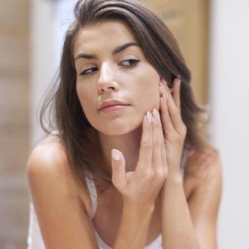 Probleme mit der Haut können nach Absetzen der Pille auftreten.