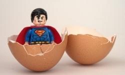 Super-Mann verhütet mit!
