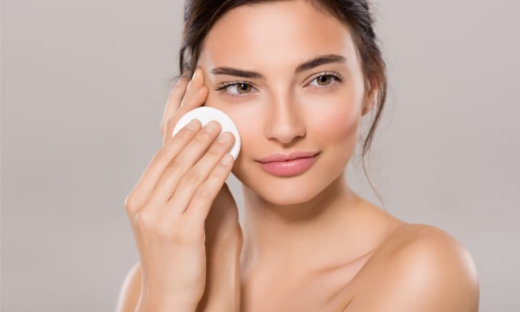 Pflege unreiner Haut