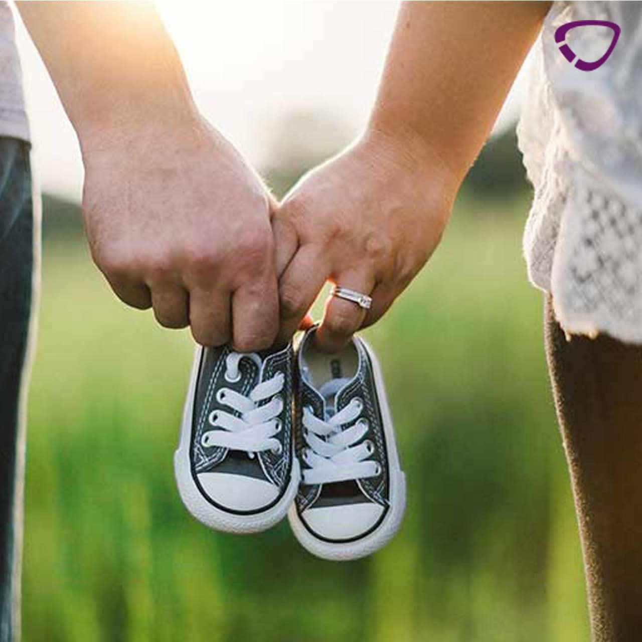 Ein Paar fragt sich, wann man schwanger werden kann.